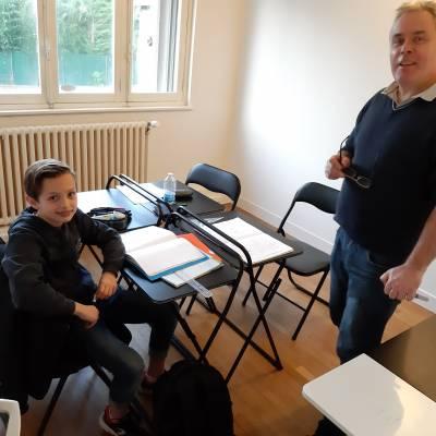 Enseignement primaire / collège - cours de maths, français, histoire, aide aux devoirs