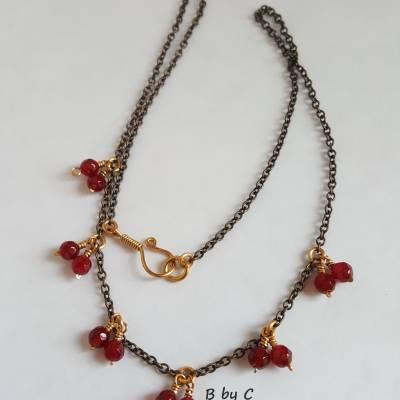 Collier ras de cou Clémence en Agate rose 45€