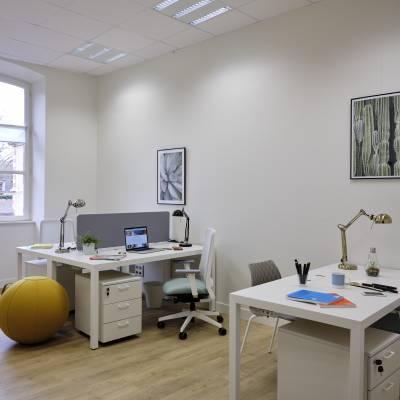 location de bureaux privatifs de 1 à 3 postes
